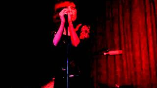 Anna Nalick - Words - Hotel Cafe - 01-19-11 - 7 of 10