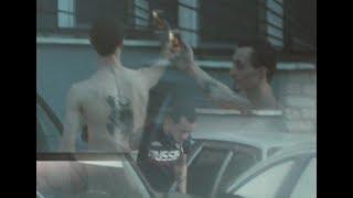 """Пьяный водитель """"Лады Приора"""" веселил весь двор на Маяковского 18"""