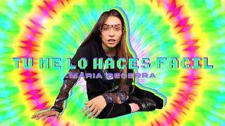 Maria Becerra - Tú Me Lo Haces Fácil   (Prod. Big One)  Escuchalo ACÁ ▶ https://mariabecerra.ffm.to/tumelohacesfacil   Seguime en: Spotify  ▶  https://bit.ly/SpotifyMariaBecerra Deezer  ▶  https://bit.ly/DeezerMariaBecerra Apple Music  ▶  https://bit.ly/AppleMariaBecerra Instagram ▶  http://bit.ly/MariaBecerra_22 Twitter ▶  http://bit.ly/Maria_Becerra  Seguí a Big One: ▶  Instagram: http://bit.ly/BigOneReal  Contacto Comercial: info@maribecerra.com Representante/Management: José Levy @josemlevy  Créditos: Dirección & Montaje: Julián Levy Director de Fotografía & Cámara: Francisco Michel Producción: José Levy Dirección de Arte & Style: Bele Gandara VFX: Tomás Bazan Producción: @Latinfluence  Letra:   Vente, ei Hoy desperté con ganas de verte, ei Tus caricias han dañado mi mente, ei Solo para mí hoy quiero tenerte, contigo he tenido suerte  No me mires así que yo no soy de acero Me pierdo en tus ojos vuelvo a estar en cero Pienso en esos labios y me acelero Mira baby que no me enamoro pero  Tú me lo haces fácil, Tú me lo haces fácil No perdamos más tiempo Quiero sentir tu cuerpo, bien lento  Es algo que no puedo evitar,   24/7 pensarte, Me toca comienzo a temblar Acariciame por todas partes  Solo perdámonos  Por hoy que no importe na' Entremos a la habitación Sin pensar en el mañana   No puedo evitarlo Me muero con solo imaginarlo Tu cuerpo me tiene delirando De repente te estoy extrañando  Y es que no puedo evitarlo Me muero con solo imaginarlo Tu cuerpo me tiene delirando De repente te estoy extrañando  No me mires así que yo no soy de acero Me pierdo en tus ojos vuelvo a estar en cero Pienso en esos labios y me acelero Mira baby que no me enamoro pero  Tú me lo haces fácil, Tú me lo haces fácil No perdamos más tiempo quiero sentir tu cuerpo, bien lento  Ei, bien lento (x8)  Contacto Comercial: info@maribecerra.com Representante/Management: José Levy @josemlevy