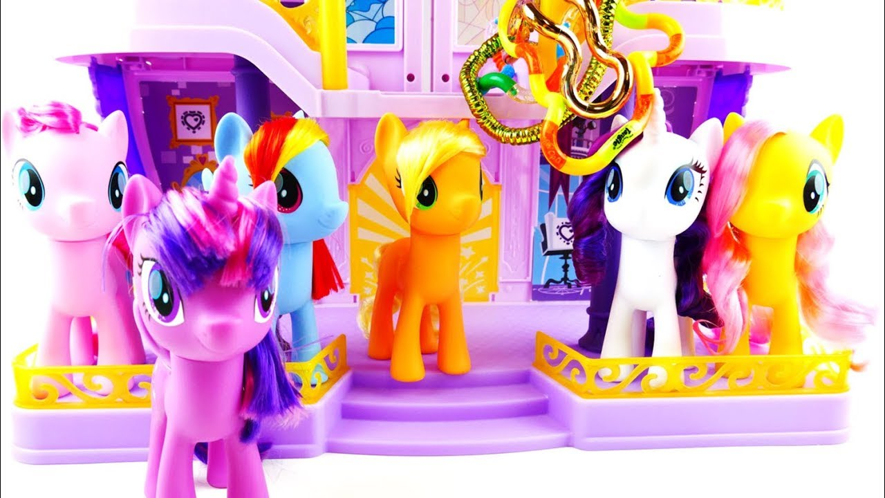 Applejack caught in Zuru Tangles - New My Little Pony Toys Magic of Everypony Collection