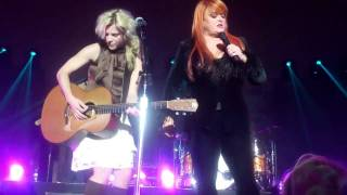 The Band Perry & Wynonna Judd Duet--Love Can Build a Bridge, Nashville 10-3-11