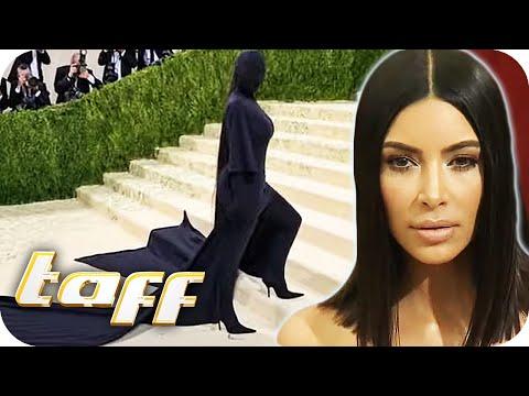 Was hat es mit Kim Kardashians Outfit auf sich? | taff | ProSieben