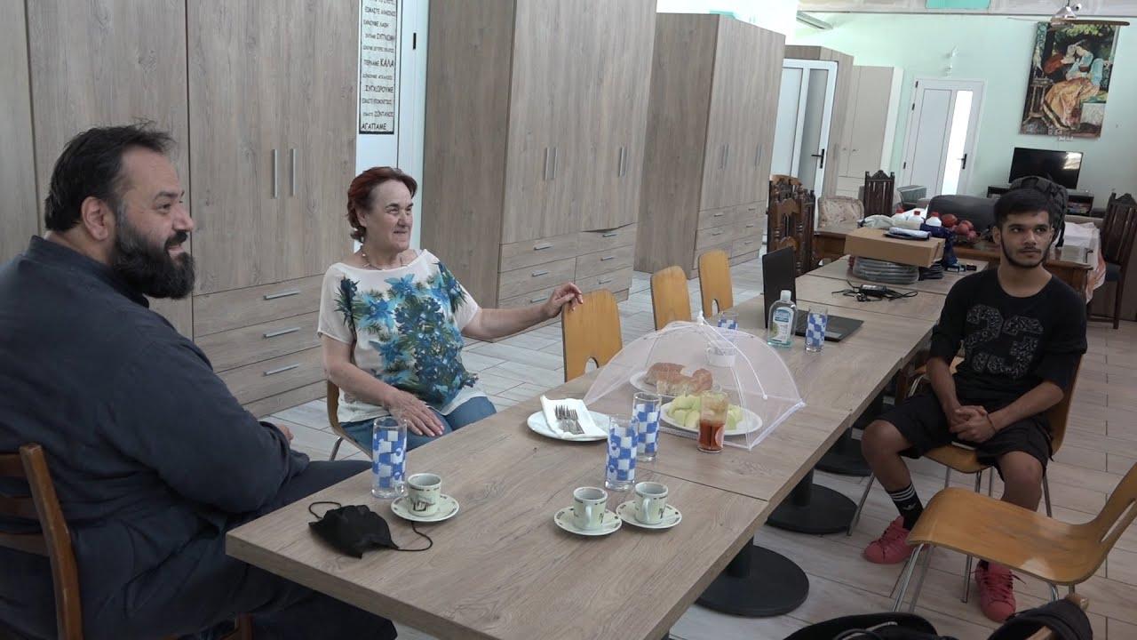 Ένα πρωινό στο «έντιμο για το περιβάλλον» νέο σπιτικό του «Φάρου του Κόσμου» στον Δεντροπόταμο