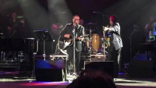 Jools Holland & Chris Difford (Squeeze) - Take Me I'm Yours