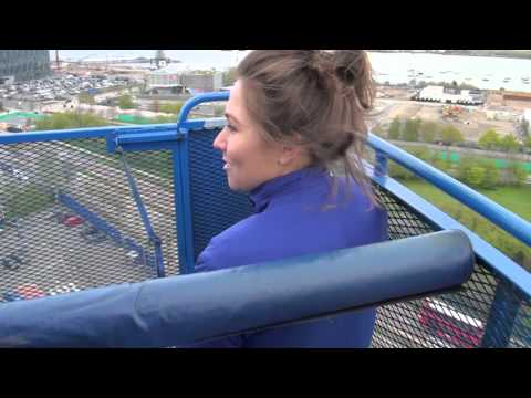 What does it feel like to do a first bungee jump?