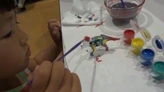 恐竜に色を塗るせんもも Paint The Dinosaur