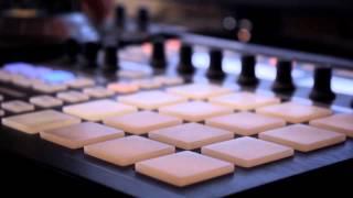 Pharrell Williams - Happy [MetroGnome Remix]