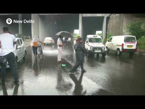 #Monsoon rains and floods pound India