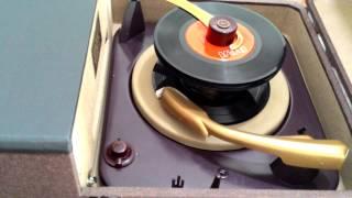 Vitrola Voice Of Music Model 985, Ano 1952 - Raríssima - Única Na Internet