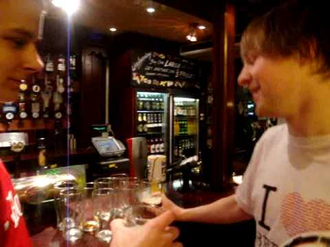Die Präsentationen über den Schaden des Alkoholismus für die Teenager