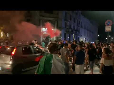 L'Italia in finale agli Europei, a Legnano esplode la festa