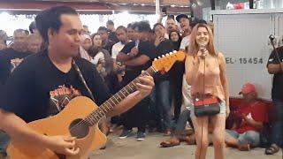 Kaujan dari Marocco nyanyi lagu Nuruel Ain dan menari bila bob main muzik lagu raya.