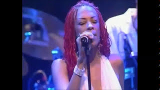Chic e Nile Rodgers -  At last I am free - (live) - (HQ)