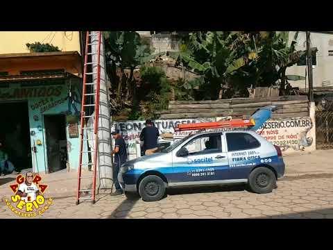 Caraca Mano Internet de Fibra na Favela do Justinos que Fita