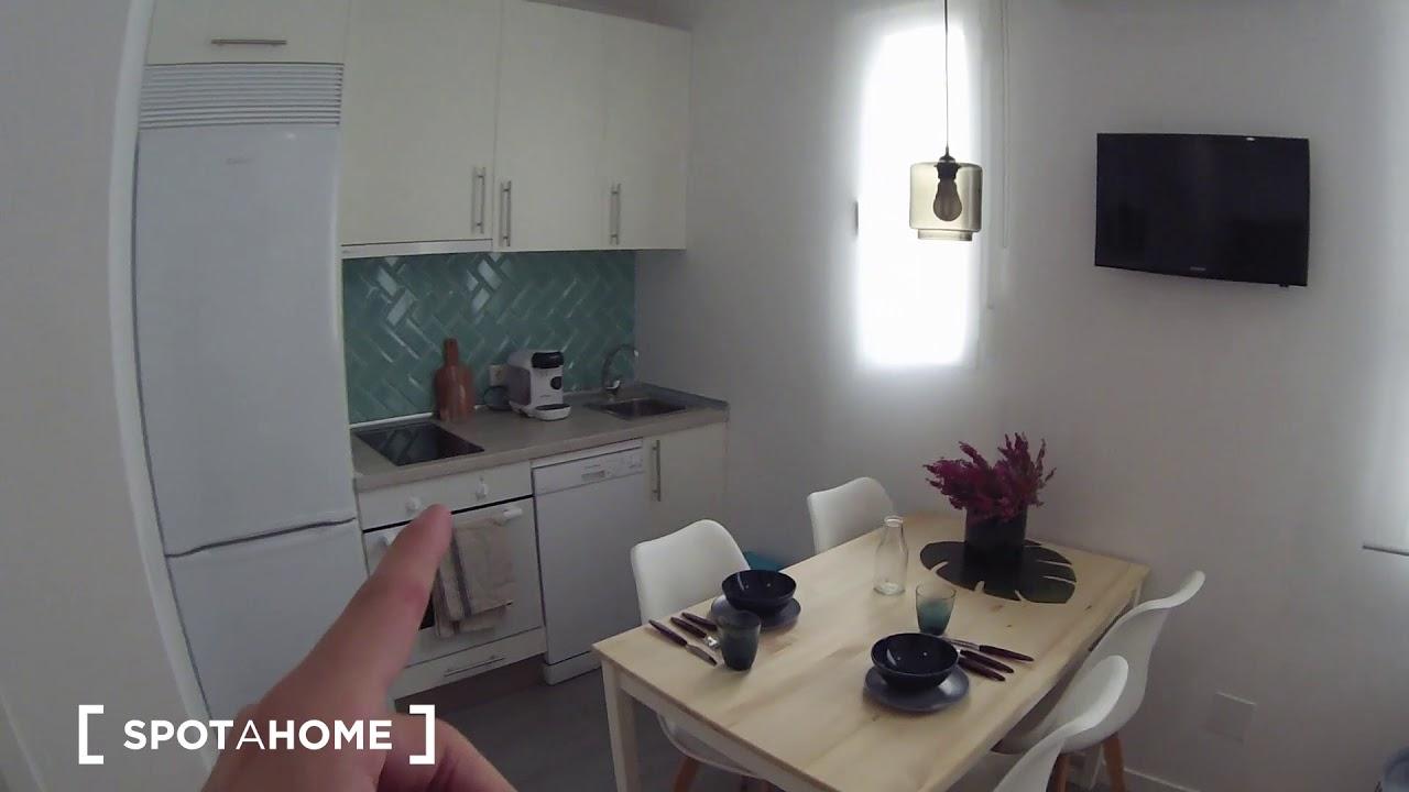 Modern studio apartment with AC for rent in Malasaña, near metro Tribunal