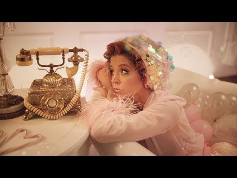 Lindsey Stirling — Santa Baby
