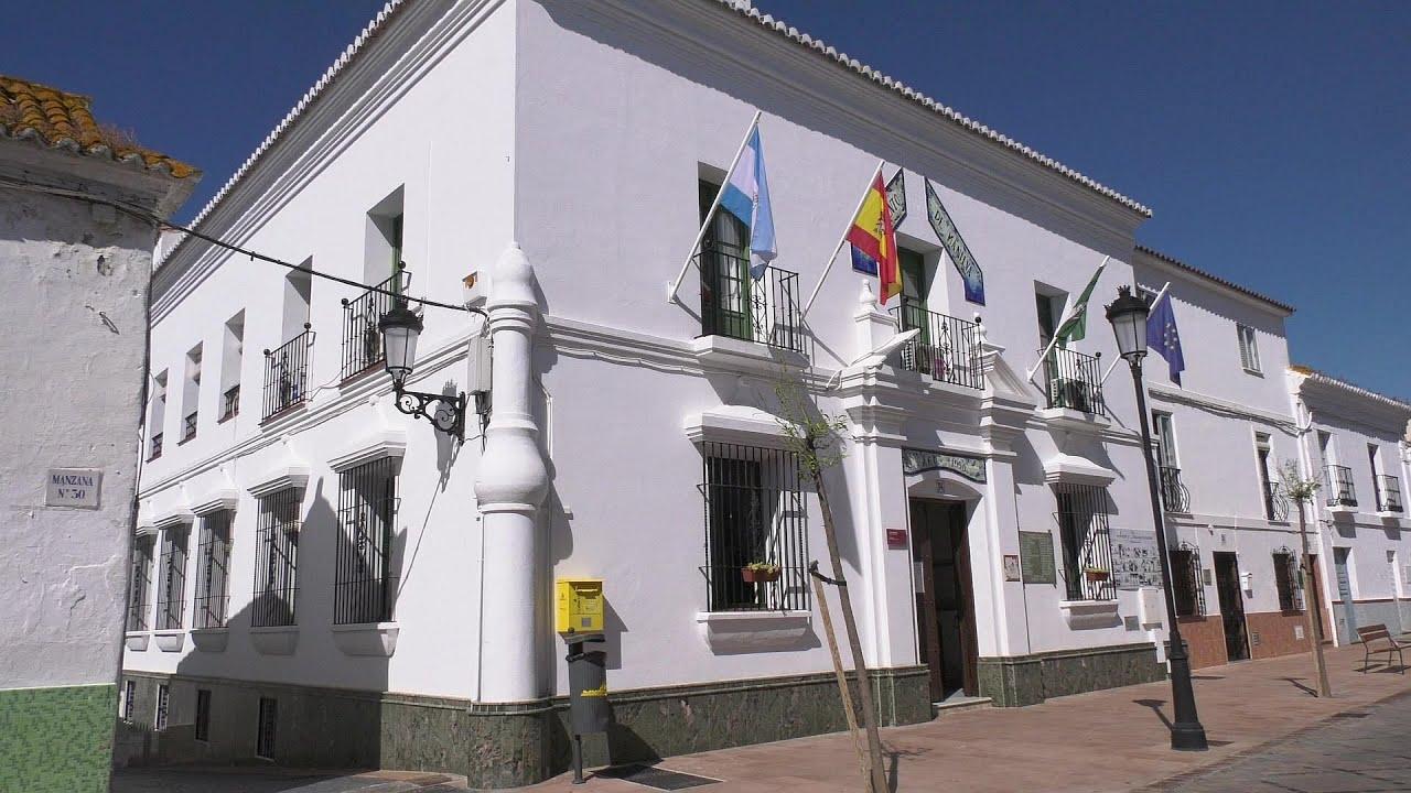 El ayuntamiento proporciona transporte a los jóvenes que realizan la EVAU