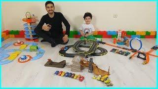Oyuncak Araba Yol Setleri Challenge Yaptık | Çocuk Oyun Videoları