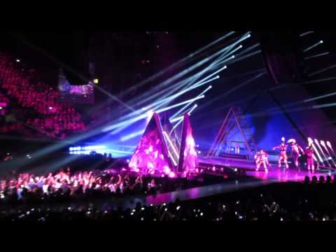 KATY PERRY THE PRISMATIC WORLD TOUR LIVE INTRO ROAR @ LG ARENA BIRMINGHAM