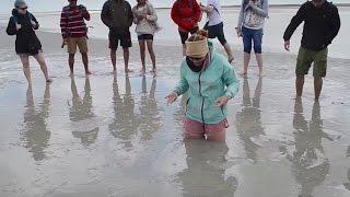 How to escape quicksand