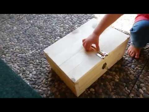 Einfache Holz Schatzkiste