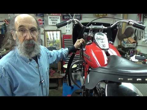 Adjusting a Harley Davidson Panhead Tankshift