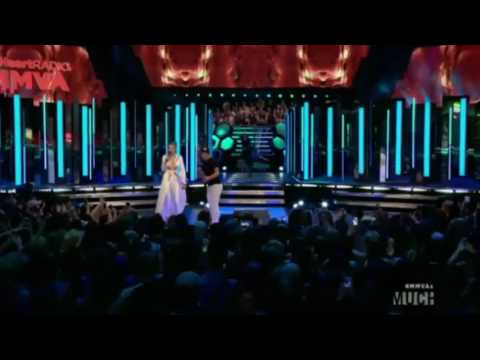 Tyler Posey Performs Song for Gigi Hadid at MuchMusic Video Awards 2016