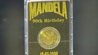 Mandela coins sold at discount prices