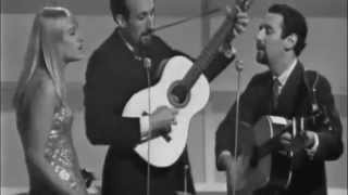 Puff The Magic Dragon -- Peter, Paul  Mary ~ Live 1965