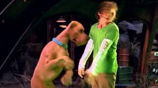 Scooby Doo a nespoutané příšery-Facky