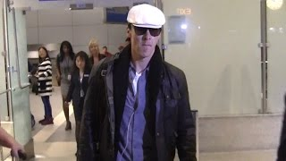Бенедикт Камбербэтч, Benedict Cumberbatch Arrives In L.A. For The Golden Globes