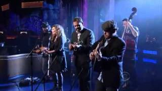 """Video thumbnail of """"Alison Krauss & Union Station Paper Airplane  LateShow with David Letterman wmv"""""""