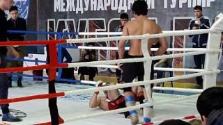 Uzbek vs Tojik BoY Bez Pravila Uzbek qora kiyimda tojik qizil kiymda