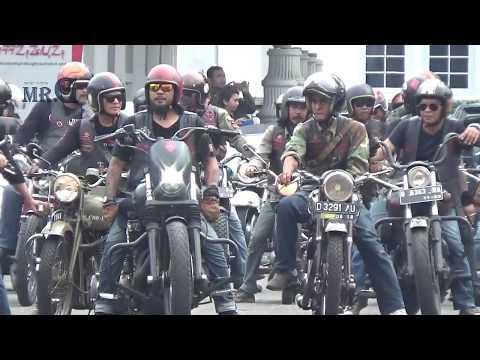 mp4 Bikers Brotherhood One Percent, download Bikers Brotherhood One Percent video klip Bikers Brotherhood One Percent
