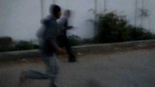 preview picture of video 'Hilarious Jogging Prank!'