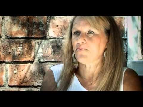 LOS VECINOS DEL IC 20 historia de terror de Voces Anónimas con Guillermo Lockhart