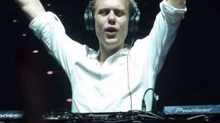Armin Only Intense in Kiev 2013 - Black Hole [Jorn van Deynhoven Remix]+Status Excessu (Koen Herfst)