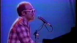 Gambar cover Elton John - Rocketman (In Think It´s Gonna Be A Long Time).