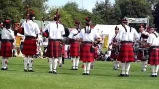 preview picture of video 'City of Exeter Pipes and Drums - Ashbourne 2014'