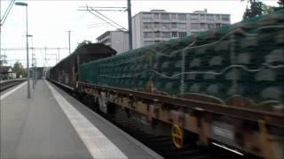 preview picture of video 'Gare de Versoix - 27/10/2011 Ae 6/6 11520 Langnau i. E.'