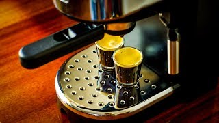 Эспрессо кофеварка Delonghi EC270 - Espresso & Latte (Эспрессо и  латте)