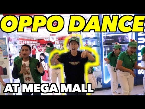 JAPANESE GUY DANCING WITH OPPO STAFFS AT SM MEGAMALL!!!!!!!!!!!!