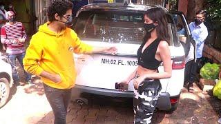 Ananya Pandey And Ishaan Khattar Spotted During The Shoot Of Khaali Peeli Movie