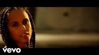 Alicia Keys Love Looks Better