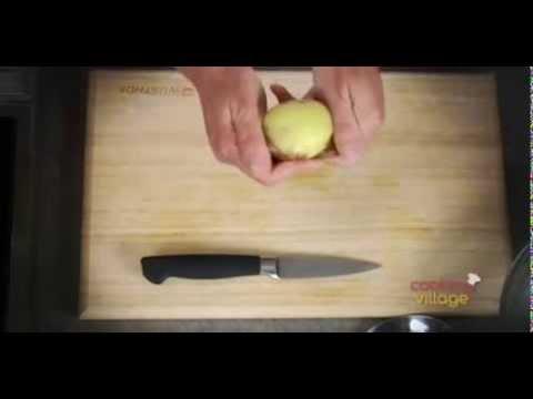 Έξυπνο κόλπο για να καθαρίσεις μια πατάτα