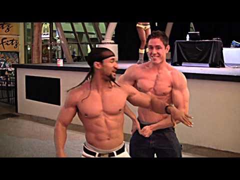 Quels exercices avec les haltères il faut faire sur tous les groupes des muscles
