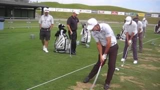 Gary Stal enclenche son swing
