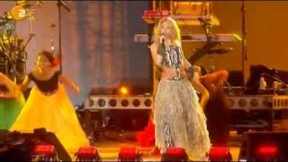 Shakira - Hips Don't Lie Feat Tumi Molekane @ kick-off Concert Fifa World Cup South Africa