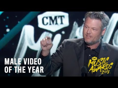 "Blake Shelton, ""I'll Name The Dogs"" 