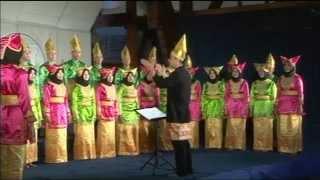 Gitasurya Student Choir - Ugo Ugo Arr. By Budi Susanto Yohanes